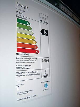 © Las etiquetas de eficiencia energética informan el nivel de consumo de energía de un aparato